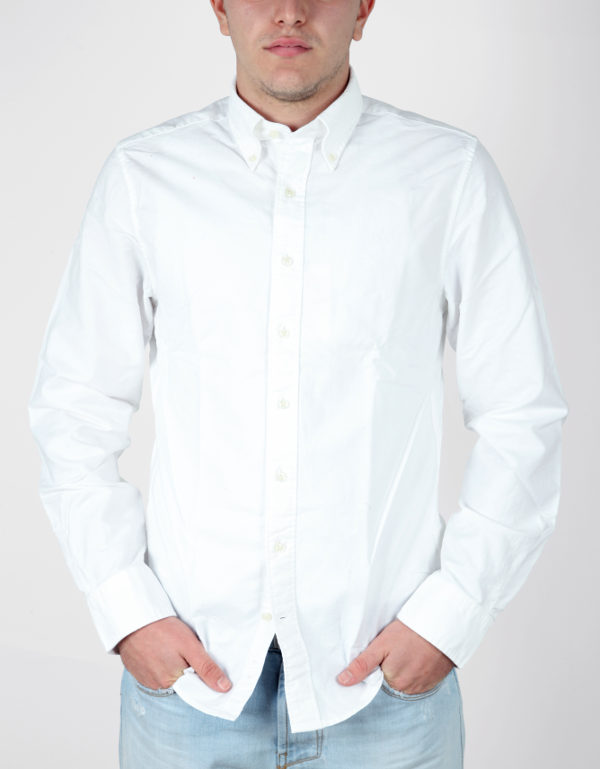 Camicia regular fit, button-down Webb & Scott in tessuto no-stiro di puro cotone tinta unita